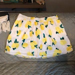 Cute lemon print mini skirt
